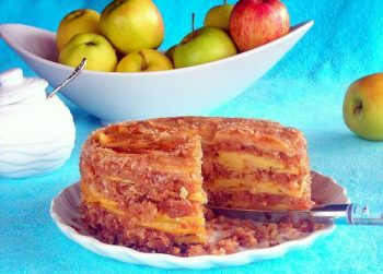 Amazing Caramelized Apple Crumb Cake - Lesson 8 - Bain Marie or Water Bath