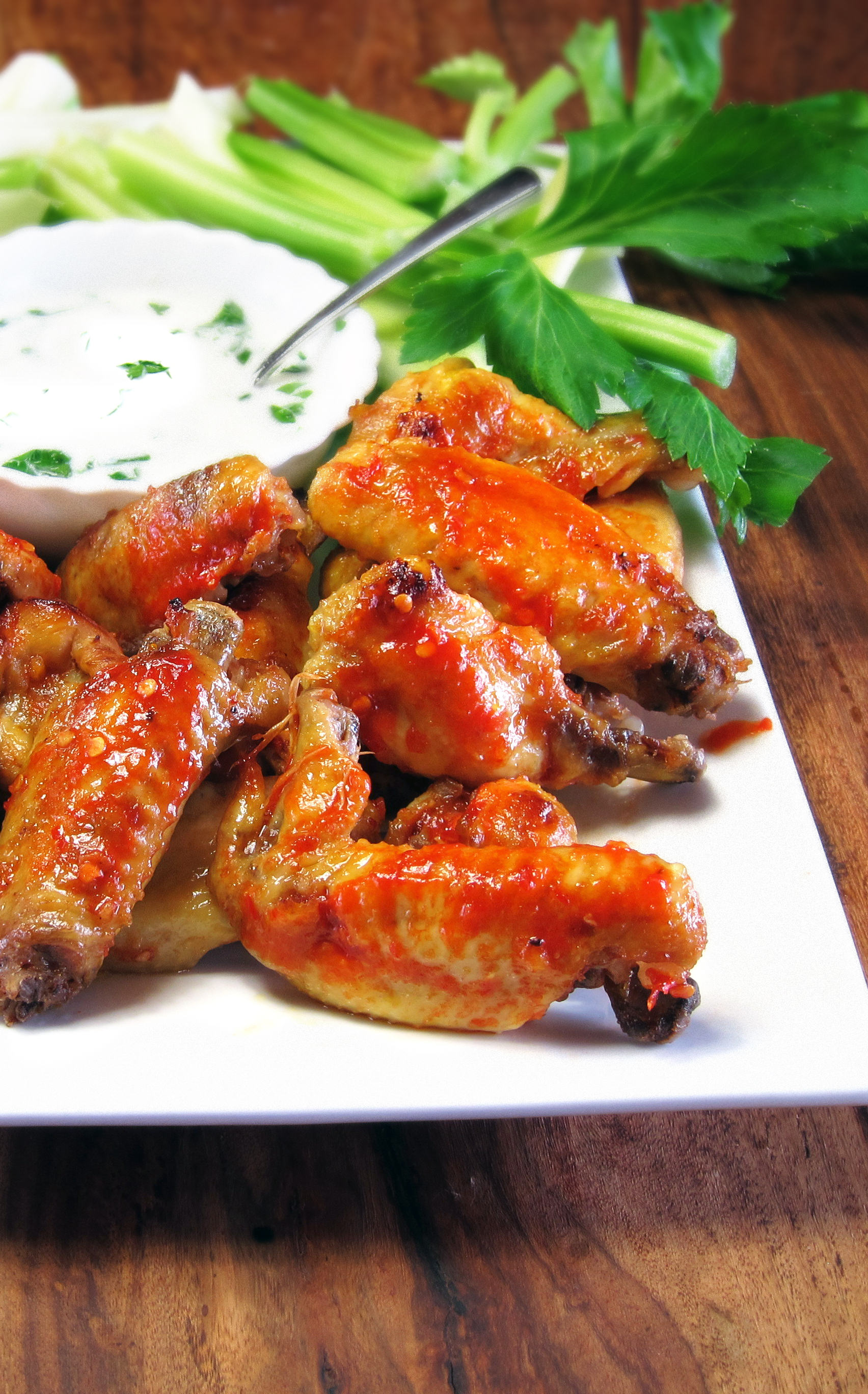 Buffalicious Chicken Wings - party in minutes! ~ hip ...