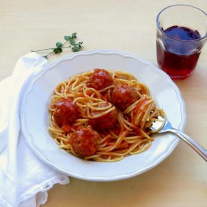 Easy Pressure Cooker Meatballs in Tomato Sauce